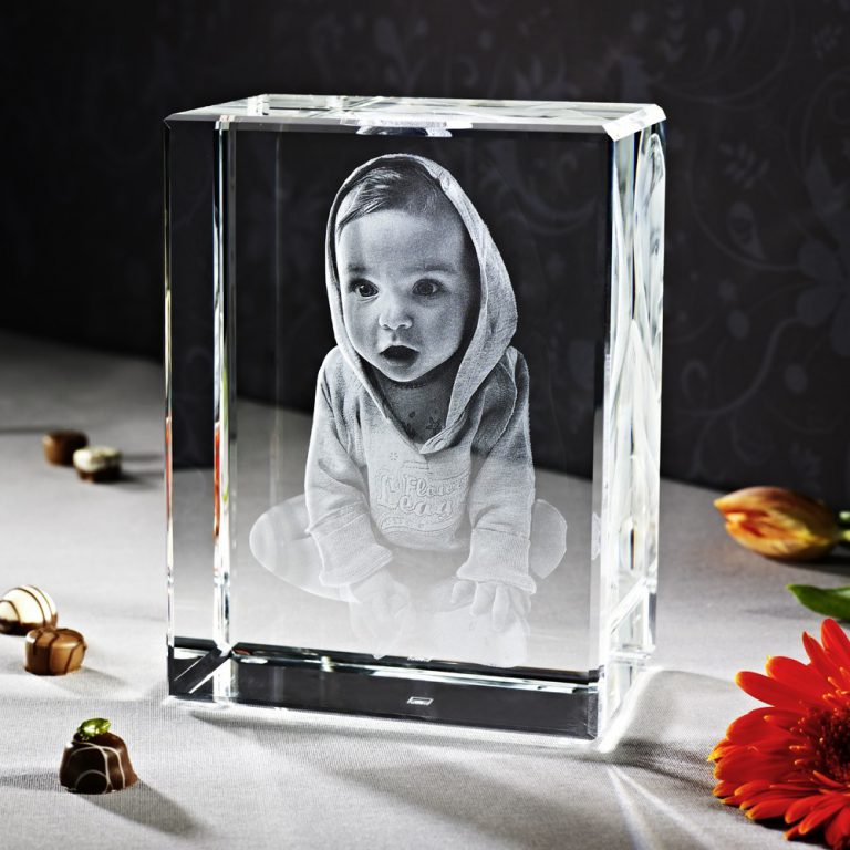 Лазерное фото в стекле на заказ